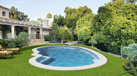 Piscinas prefabricadas en poliester precios de piscinas for Cuanto cuesta una piscina