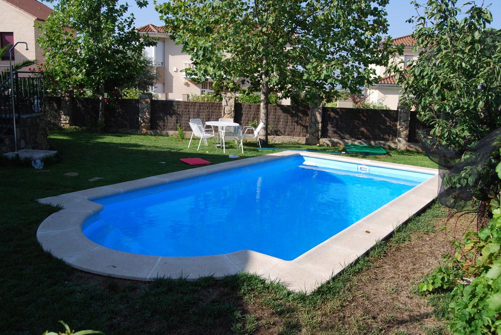 Precio hacer piscina precio construir piscina precio for Piscina fibra precio