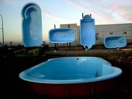 Piscinas prefabricadas en poliester d nde he de dirigirme - Comprar piscina prefabricada ...