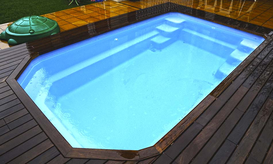 Piscinas prefabricadas en poliester cu nto cuesta una for Cuanto cuesta instalar una piscina prefabricada