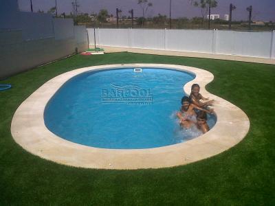 Piscinas prefabricadas en poliester piscinas prefabricadas for Cascadas prefabricadas