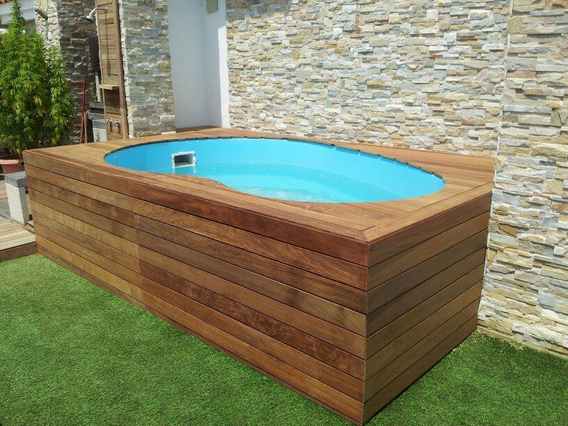 Piscinas prefabricadas en poliester piscinas baratas for Casas de madera con piscina