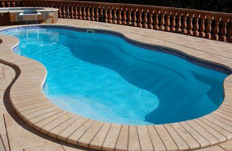 Piscinas prefabricadas en poliester inicio piscinas - Precio piscina poliester ...
