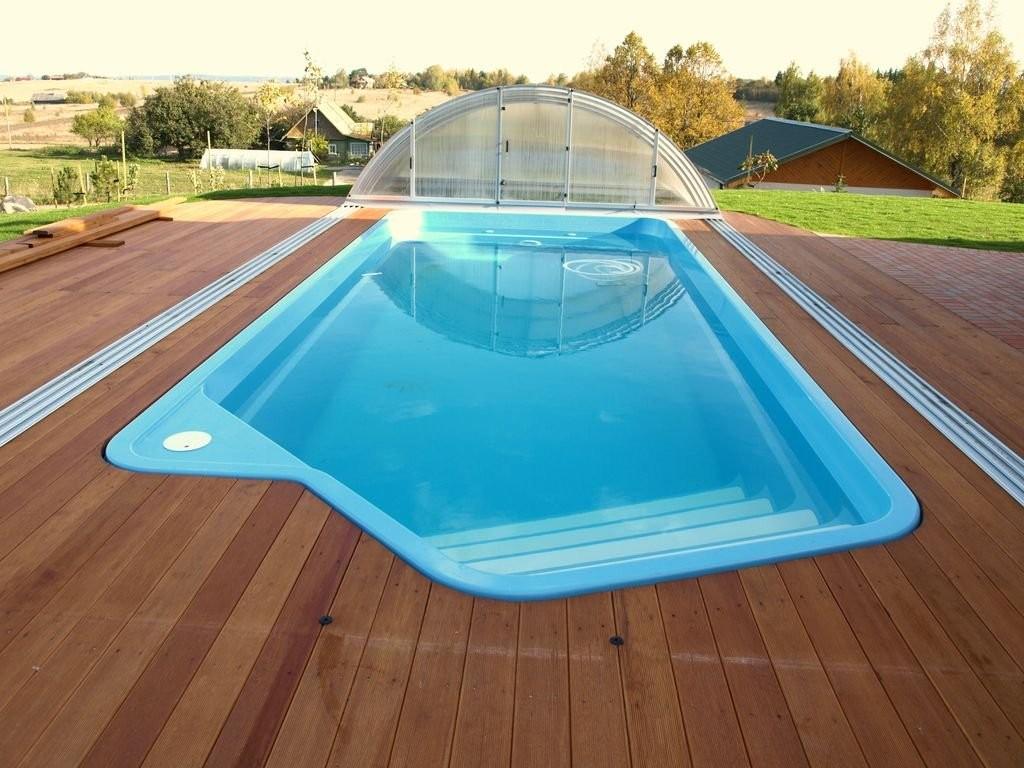 Piscinas prefabricadas en poliester cu les son los for Costo de construir una piscina