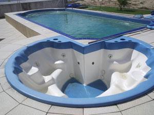 Piscinas prefabricadas en poliester piscinas prefabricadas for Piscinas de plastico precios carrefour