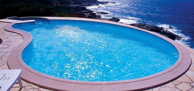 Piscinas prefabricadas en poliester venta piscinas fibra for Piscinas desmontables hechas a medida