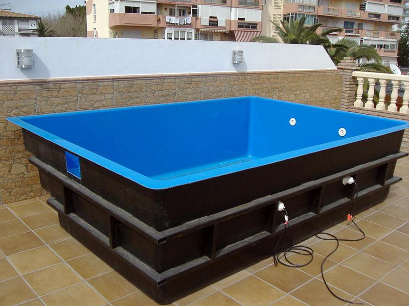 Piscinas prefabricadas en poliester piscinas prefabricadas for Piscina 90cm altura